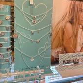 Display ✌️@loradilora bijoux #argent925 #boutique #draguignan